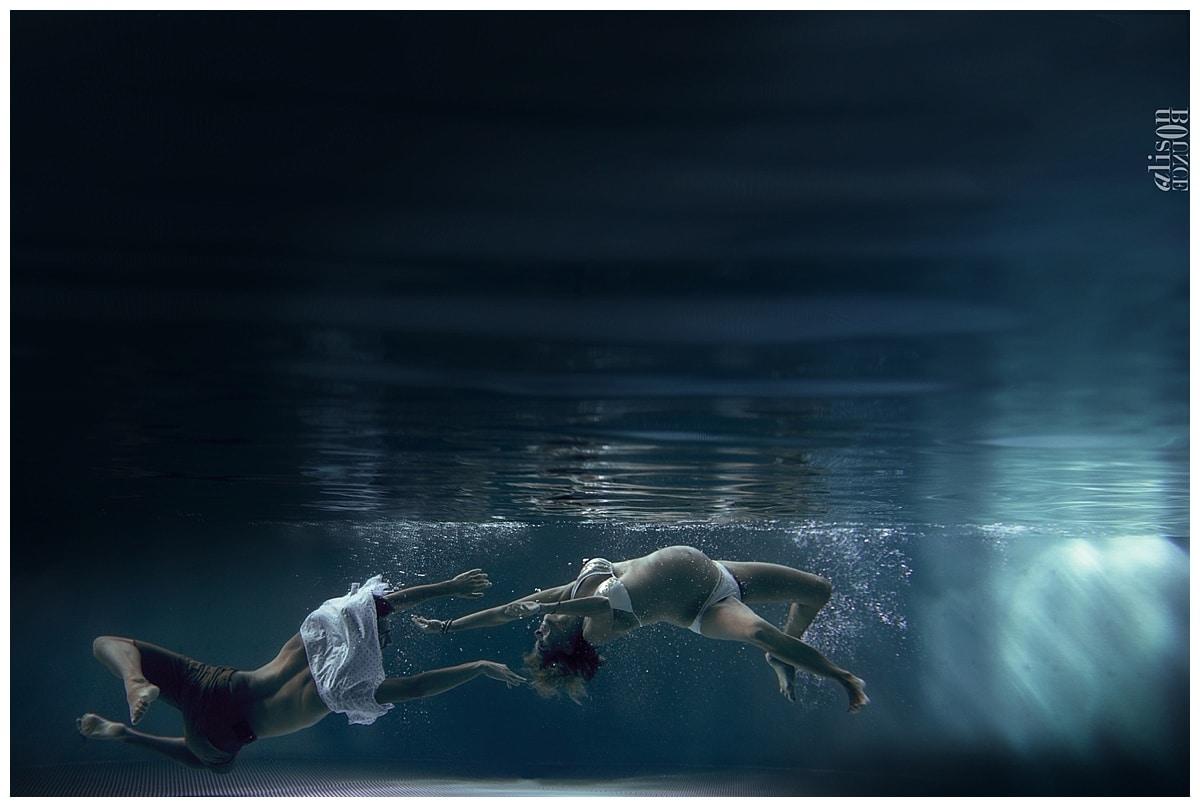 seance-photo-grossesse-sous-l'eau-underwater-maternity-alison-bounce