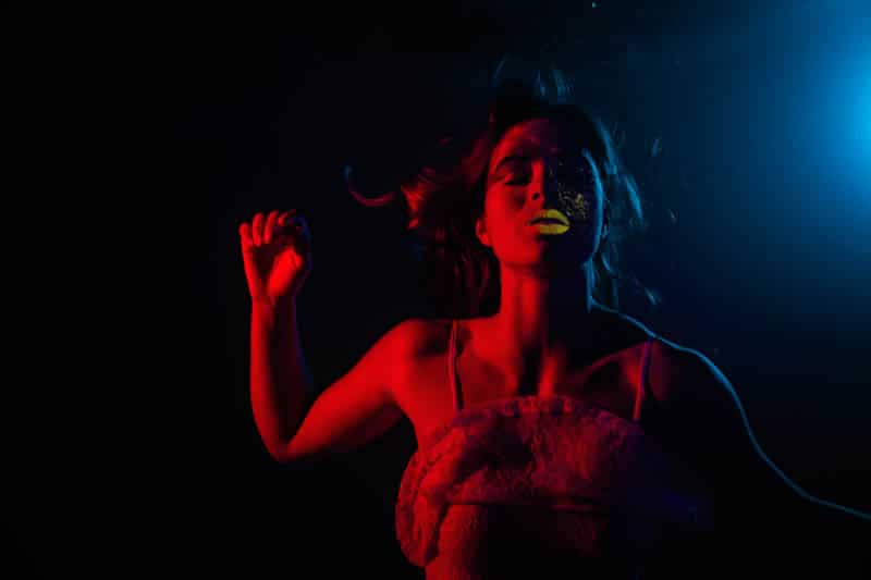 neon_light_underwater-3-2